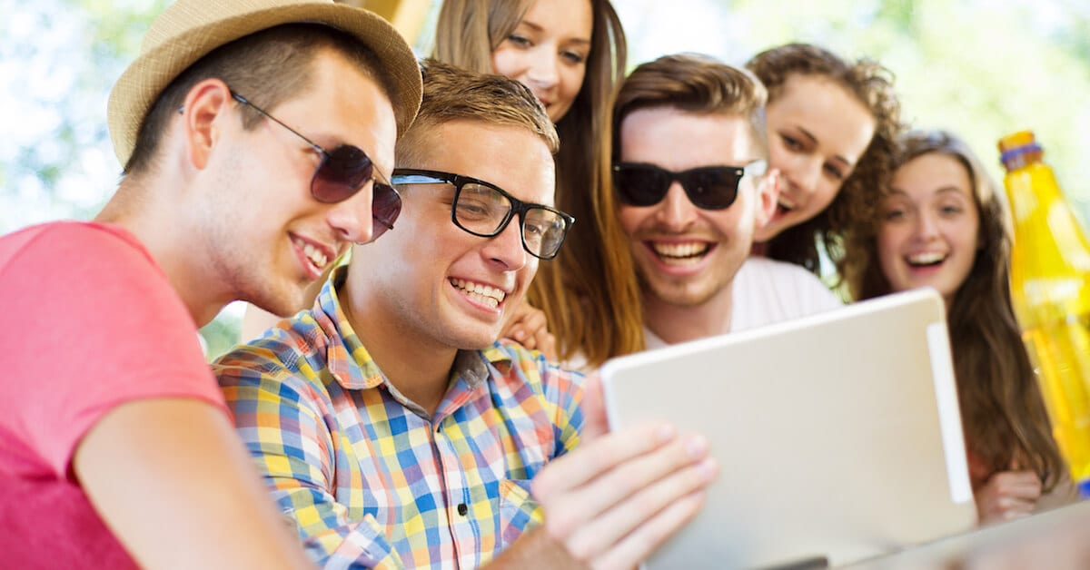 6 ways to turn website visitors into customers
